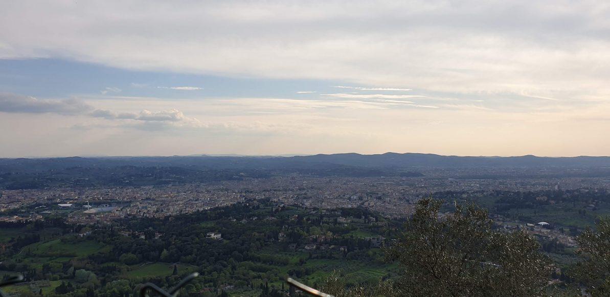 Unser Ausblick auf Florenz vom oberhalb gelegenen Campingplatz.
