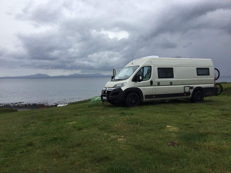 Solch traumhafte Spots auf Farmcampingplätzen findet man nur in Wales